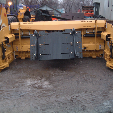 large area snow removal Laval - extendable plow